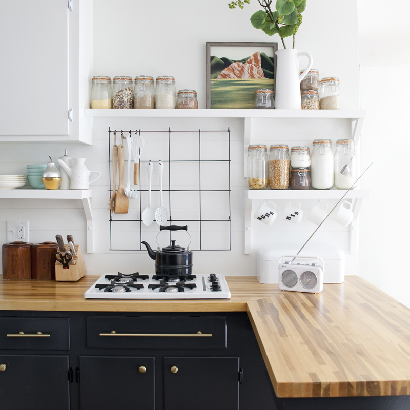 A Mid-Century Country Kitchen