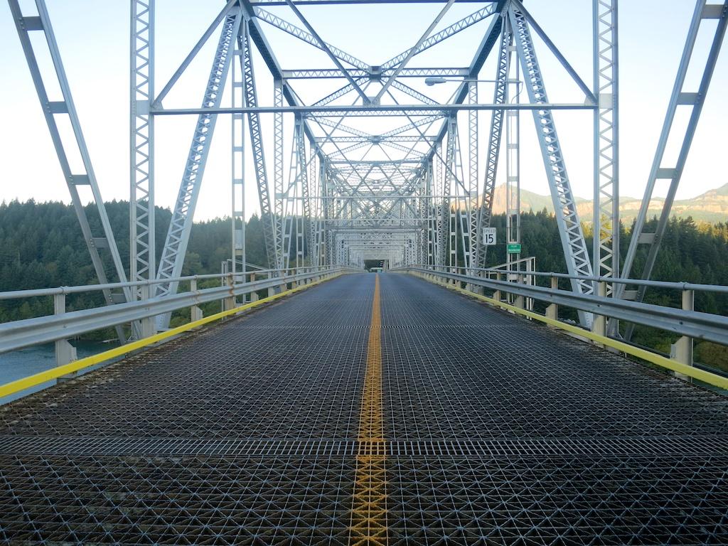 Bridge of the Gods - Courtesy of    HalfwayAnywere