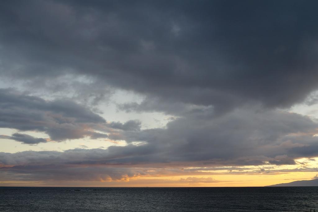 Horizon_sunset_2010-08-04_09-56-07_1 of 2©MaggieLynch2011.jpg