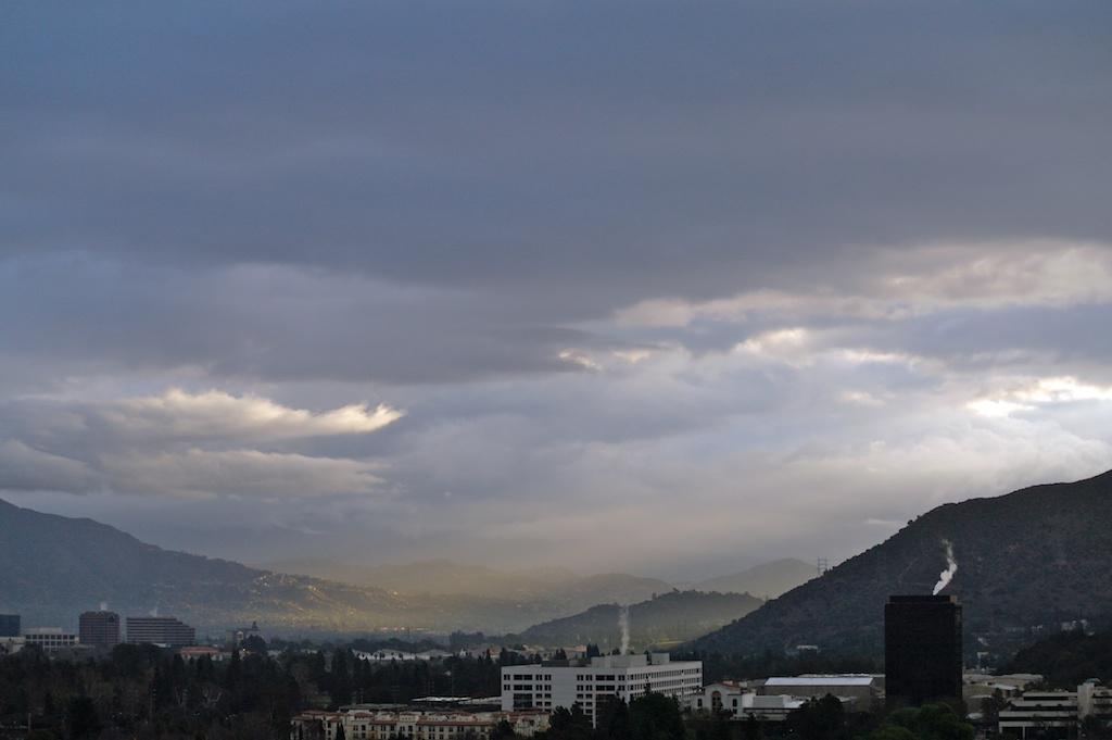 Clouds_2012-02-14_07-24-03_17©MaggieLynch2011.jpg