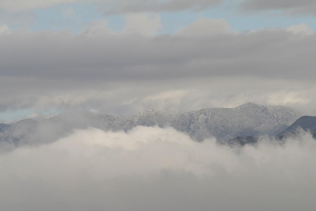 Low_clouds_2011-11-05_09-22-49_6©MaggieLynch2011.jpg
