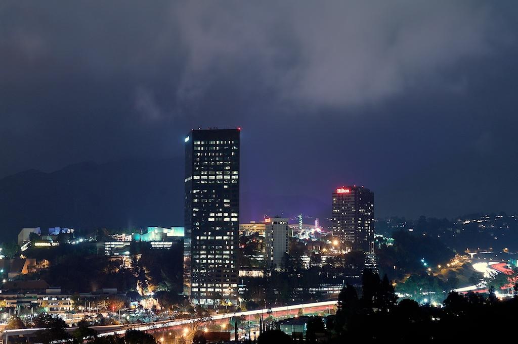 Night_valley_2012-11-30_22-40-25_5 of 9©MaggieLynch2011.jpg