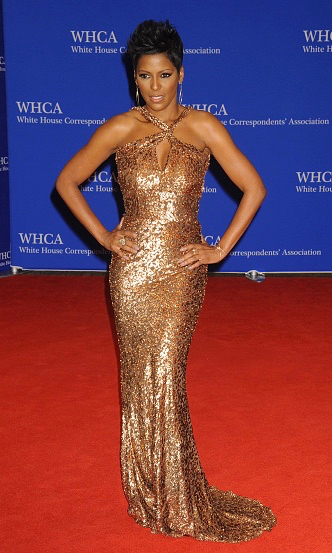Tamron Hall in sophie theallet at the White House Correspondents' dinner 2016-2.jpg