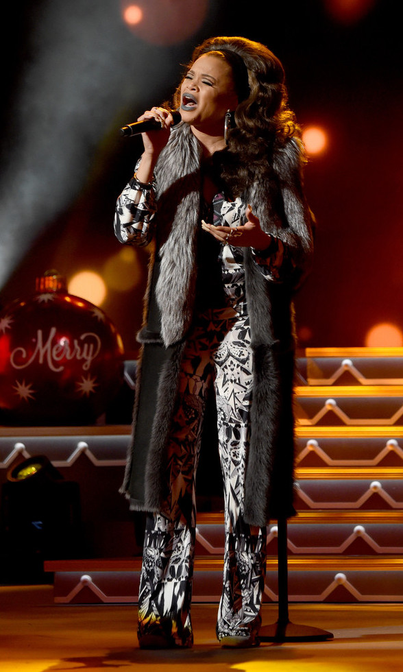 Andra+Day+wearing-sophie-theallet-CMA+2016+Country+Christmas.jpg