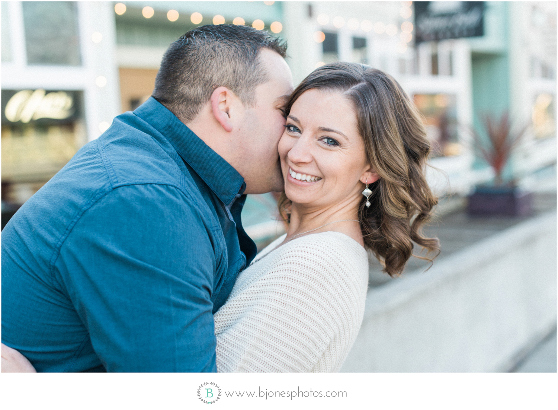 La Conner Engagement| Seattle Wedding Photographer | snohomish w