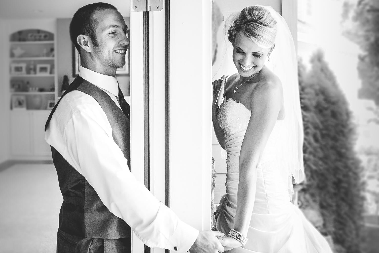 Rustic Chic Bakcyard Snohomish Wedding   Seattle Wedding Photogr