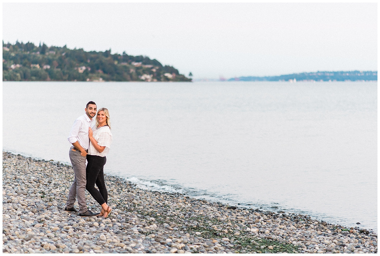 Discovery Park engagement photos. Seattle Engagement