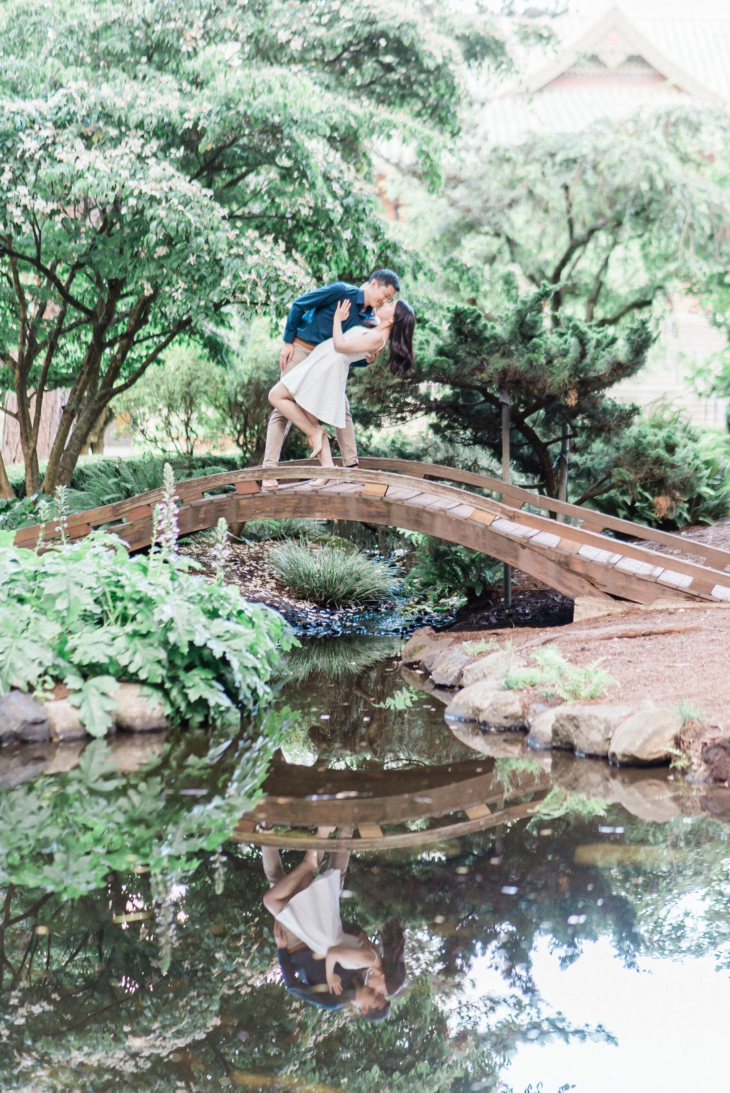 point defiance rose garden engagement photos.