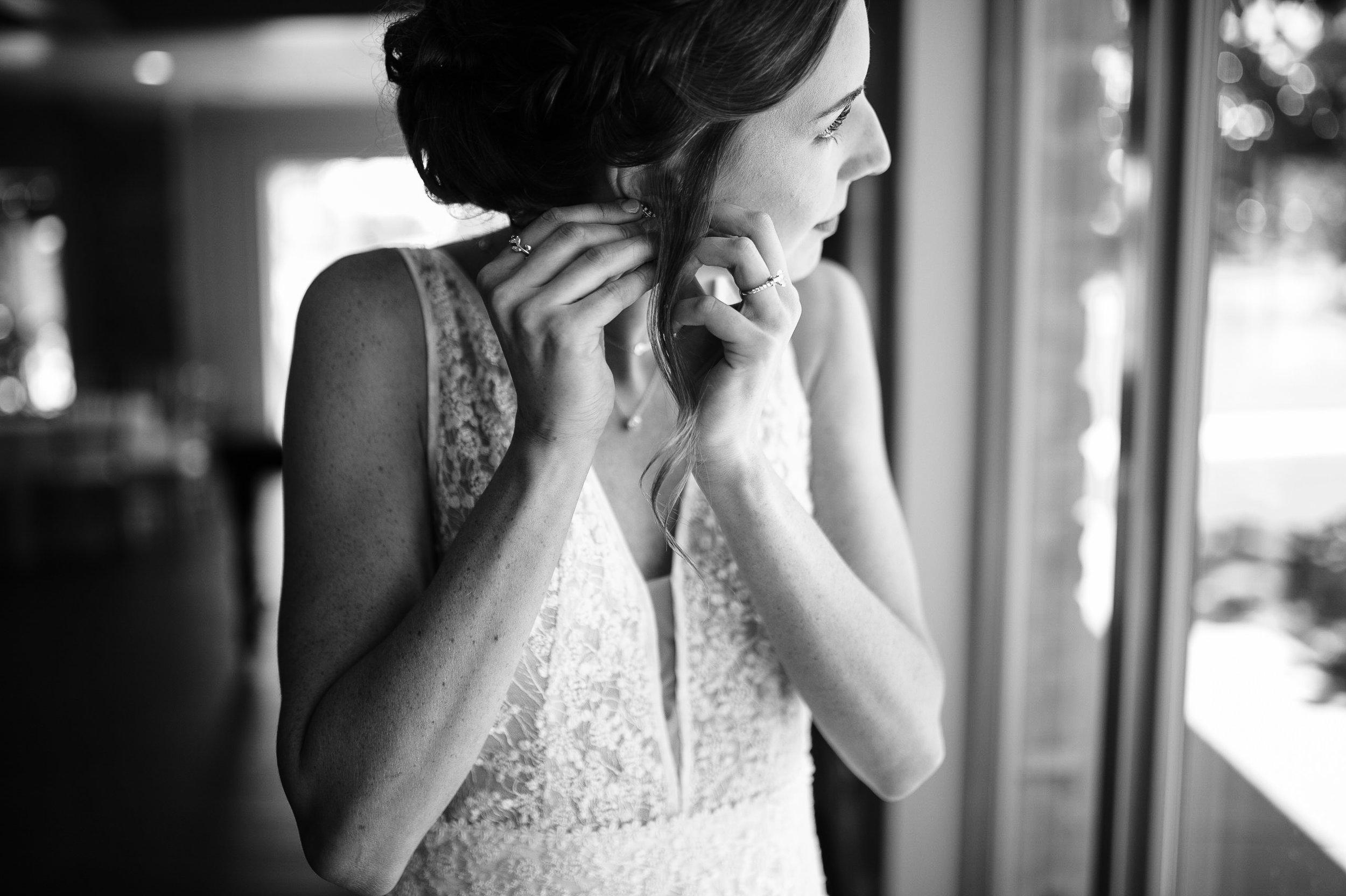 okc-wedding-photographer-coles-garden-wedding-okc-best-wedding-photographers-33.jpg