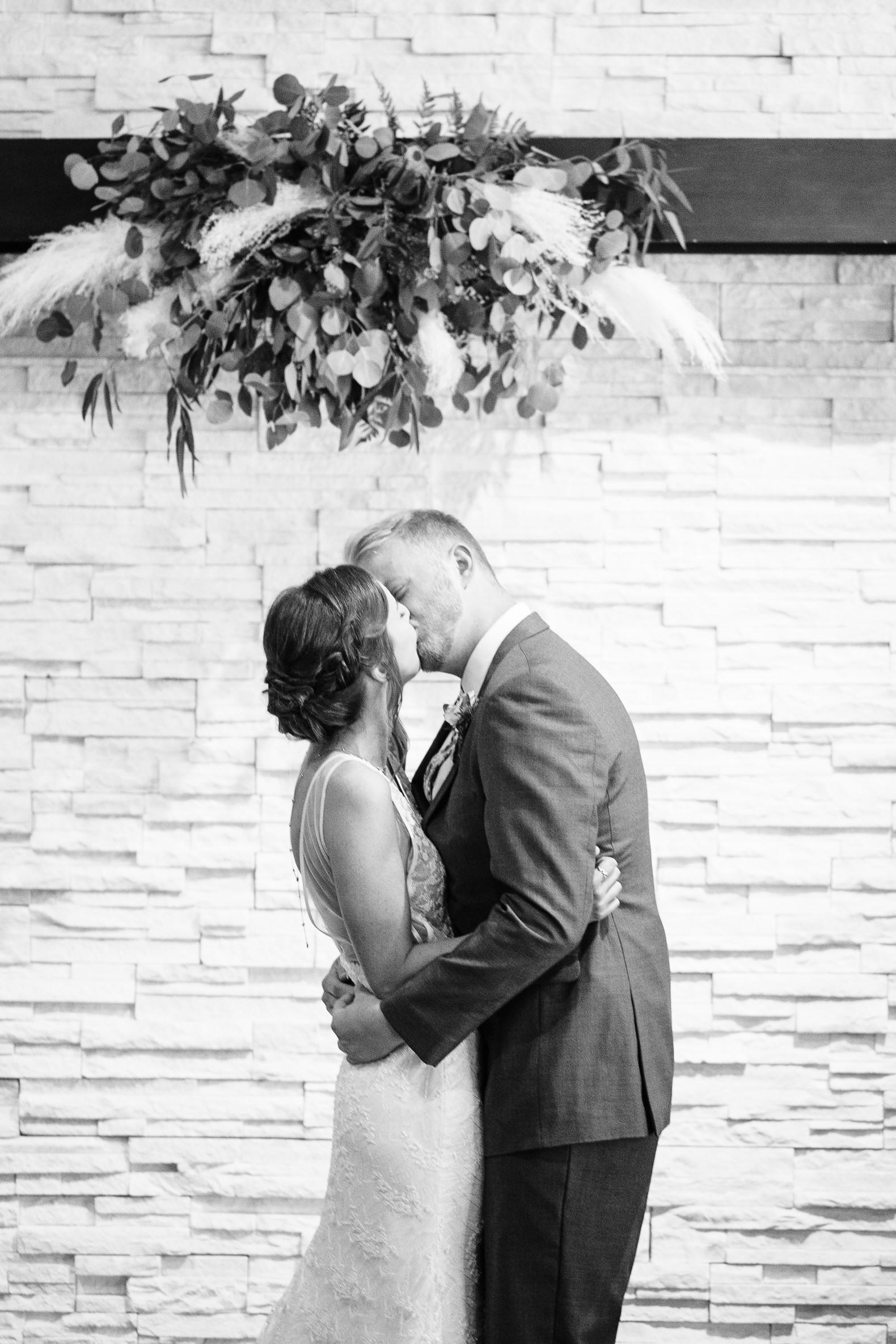 okc-wedding-photographer-coles-garden-wedding-okc-best-wedding-photographers-123.jpg