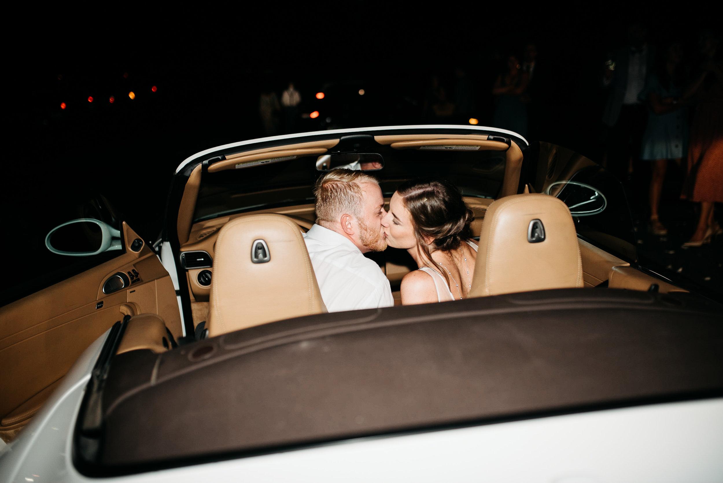 okc-wedding-photographer-coles-garden-wedding-okc-best-wedding-photographers-201.jpg