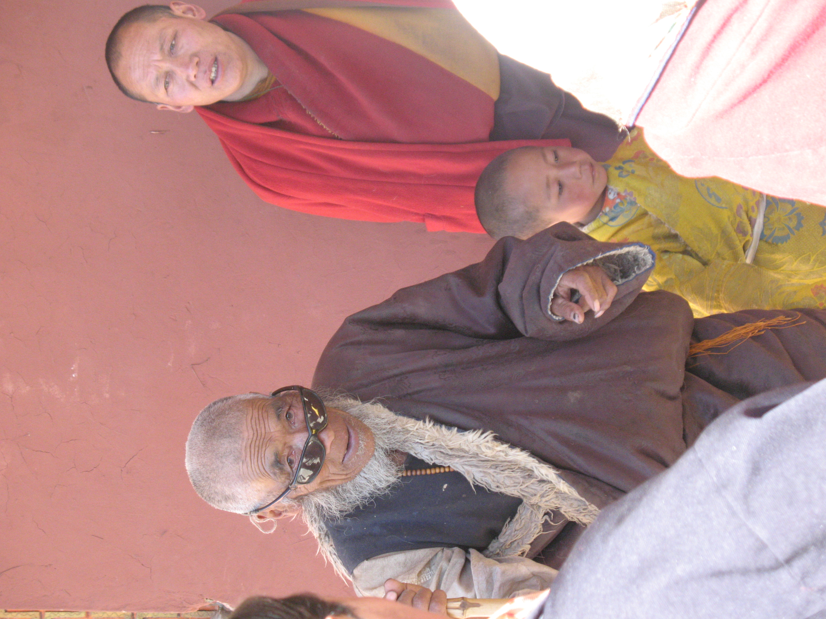 Old man and child at Gemong Monastery