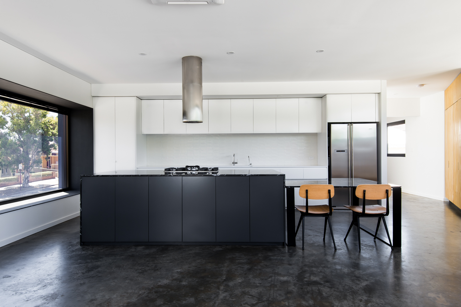 Triangle House by Robeson Architects - Kitchen