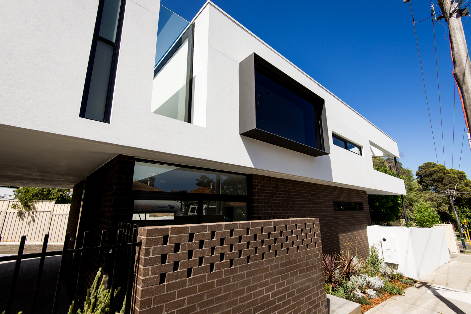 Triangle House by Robeson Architects