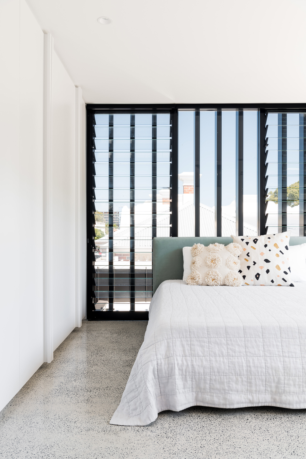 King George by Robeson Architects - Bedroom