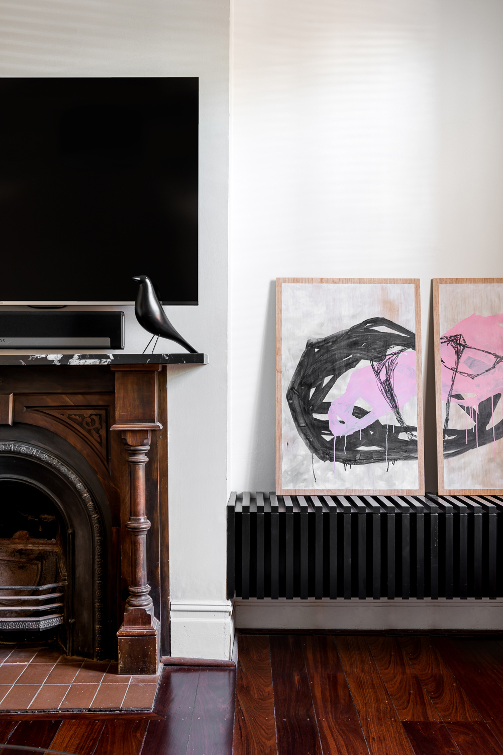 King George by Robeson Architects - Fireplace