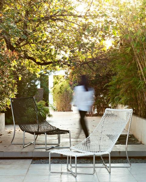 Co-Creative Studio Navi Hammock King Chair 1.jpg
