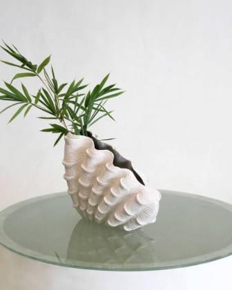 Detalia Aurora Co-Creative Studio Giant-Clam-Vase.jpg