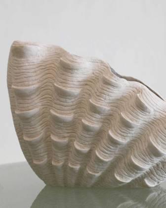 Detalia Aurora Co-Creative Studio Giant-Clam-Vase-Close-Up-1.jpg