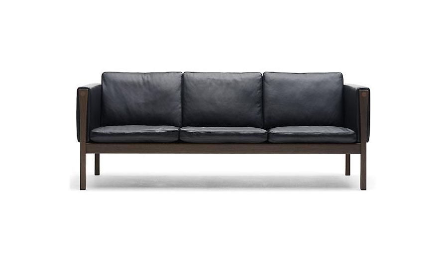 Hans Wegner CH163 Sofa