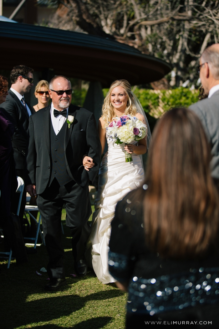 father walks bride down the aisle at chart house