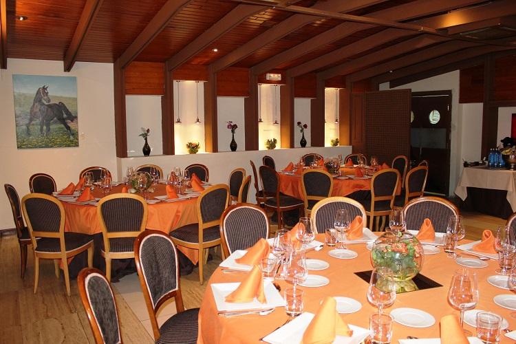 Banquete - Bautizos - Restaurante Latigazo