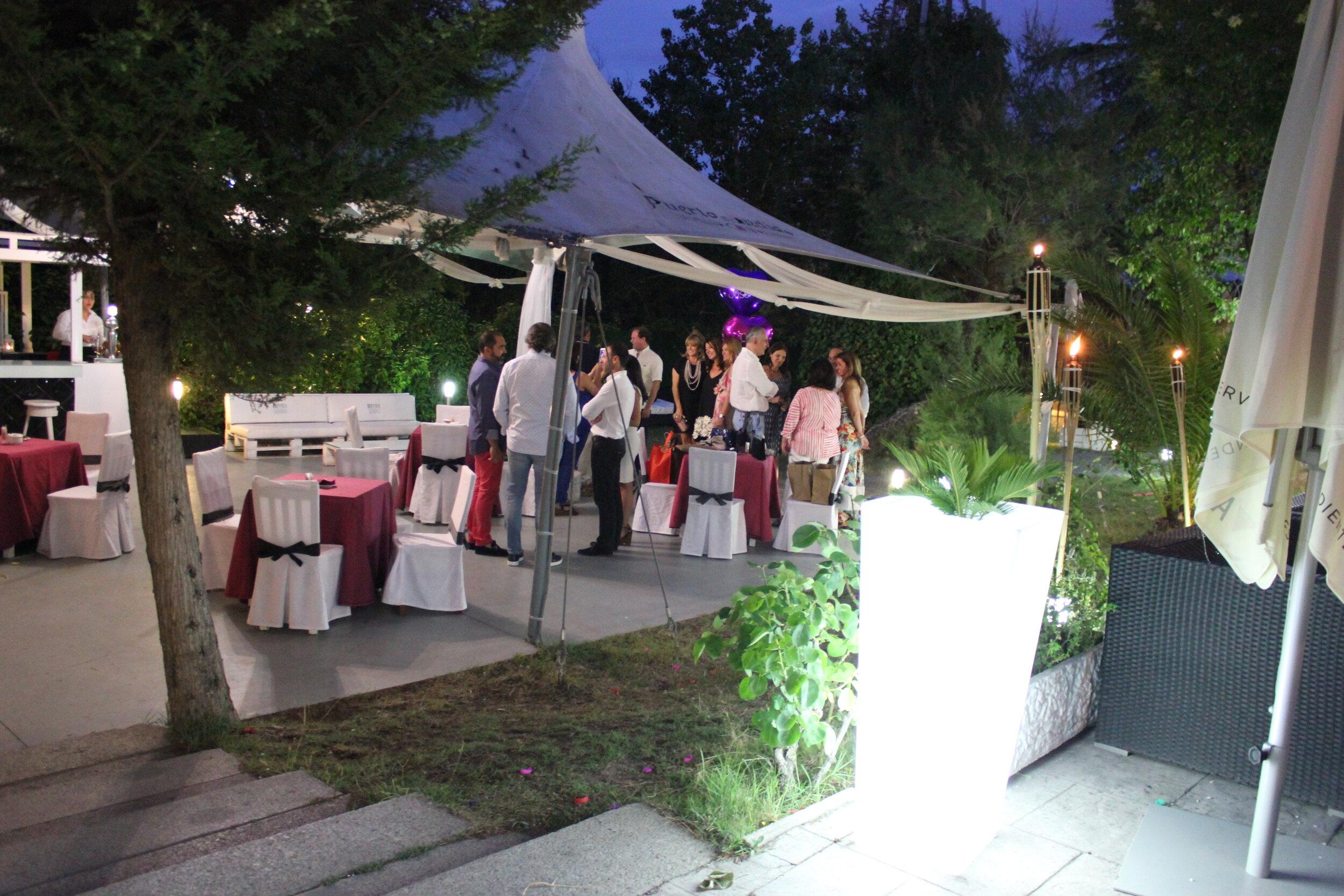 Fiestas Puesta de Largo en restaurante El Latigazo (1).JPG