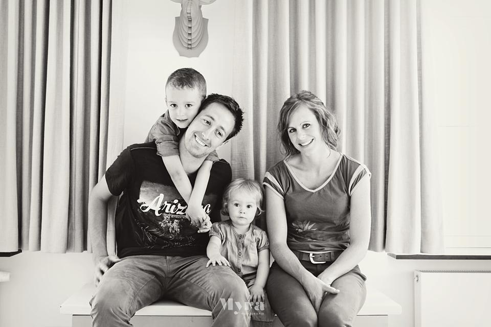 FamilyOfTheYear089.JPG