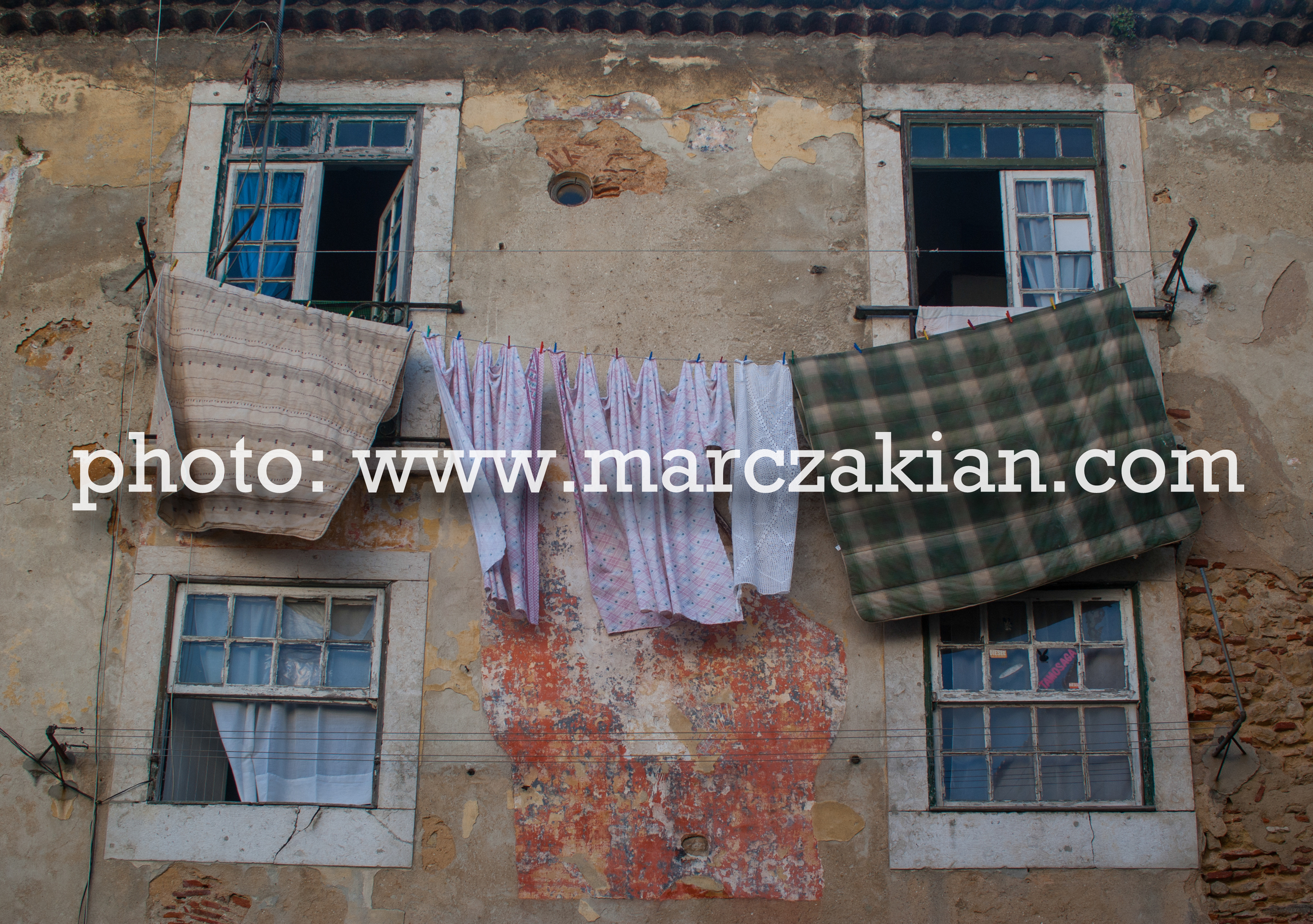 clothes hanging up algarve (1 of 1).jpg