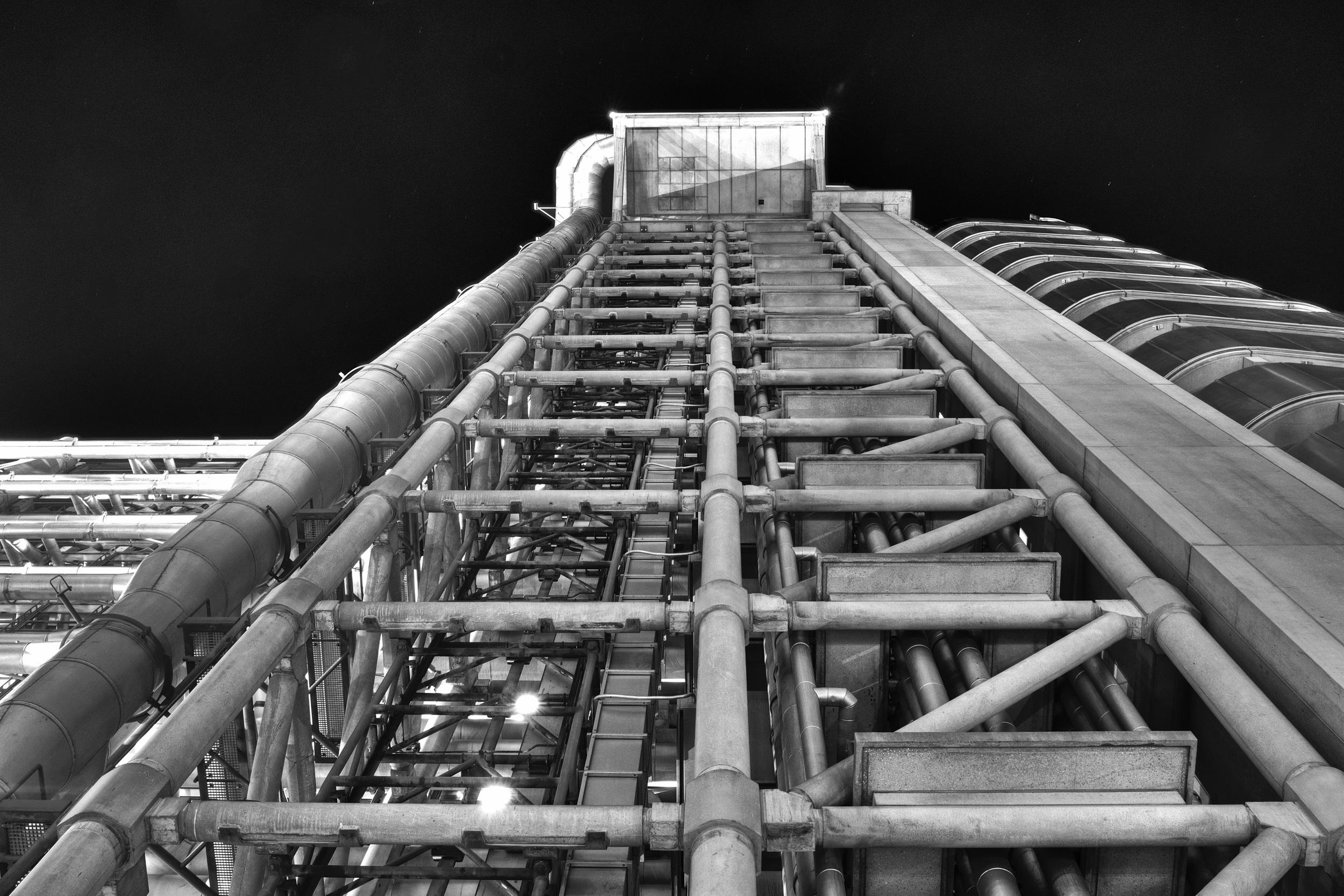 black and white  lloyds building 1.jpg