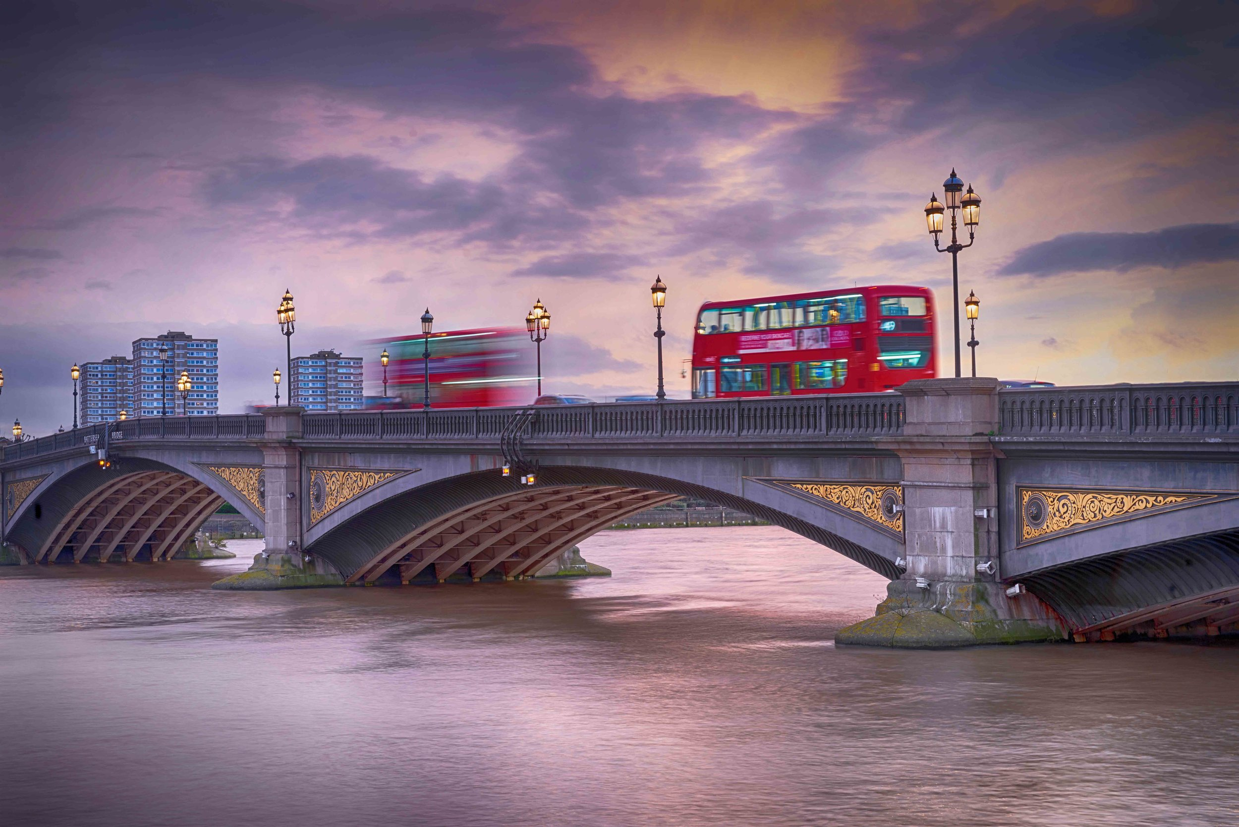 battersea bridge red tone 1 vignette hdr-5.jpg