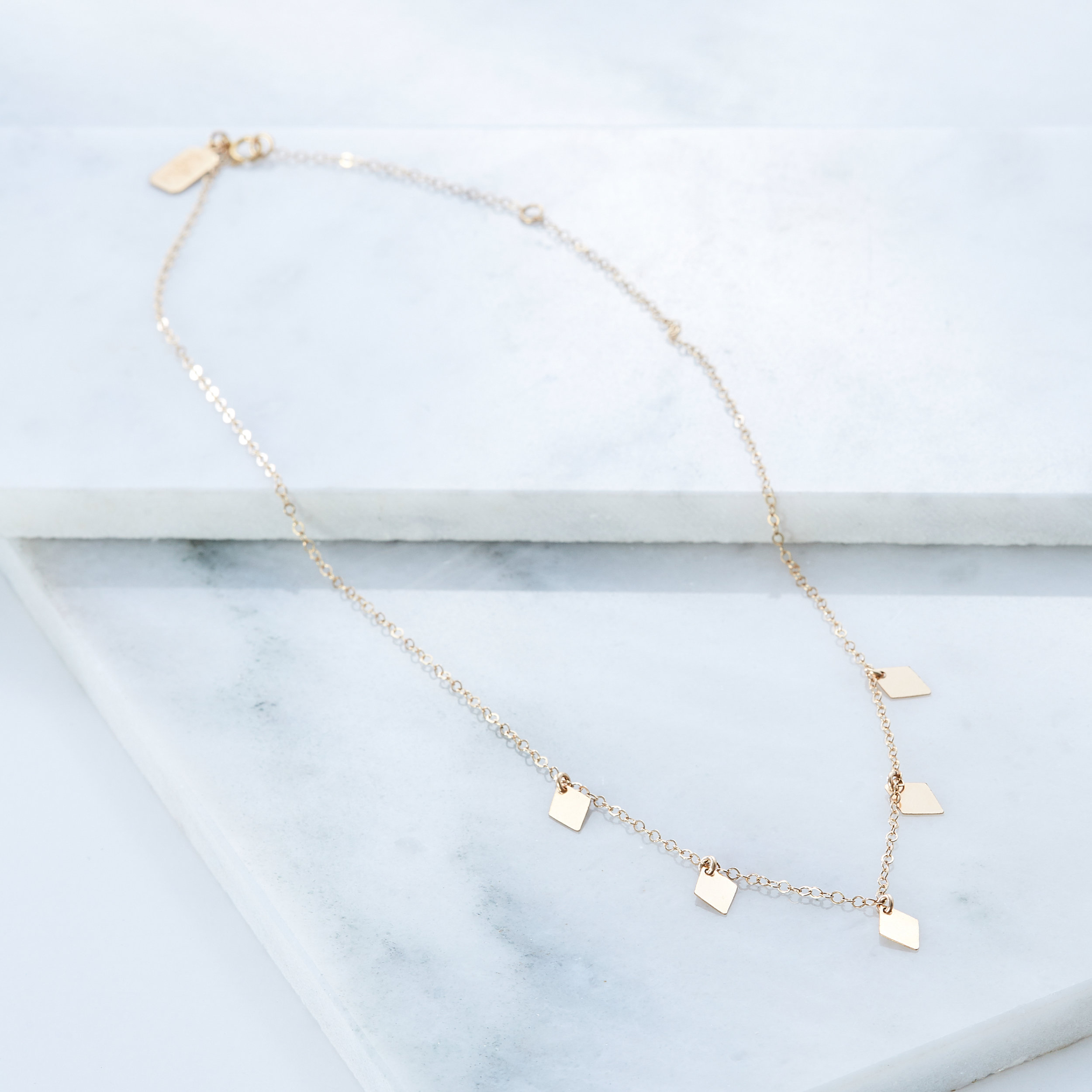Scattered Diamonds Necklace