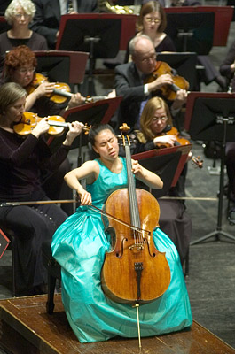 Deborah Pae, Thomas Wilkins, and New Jersey Symphony Orchestra (2005)