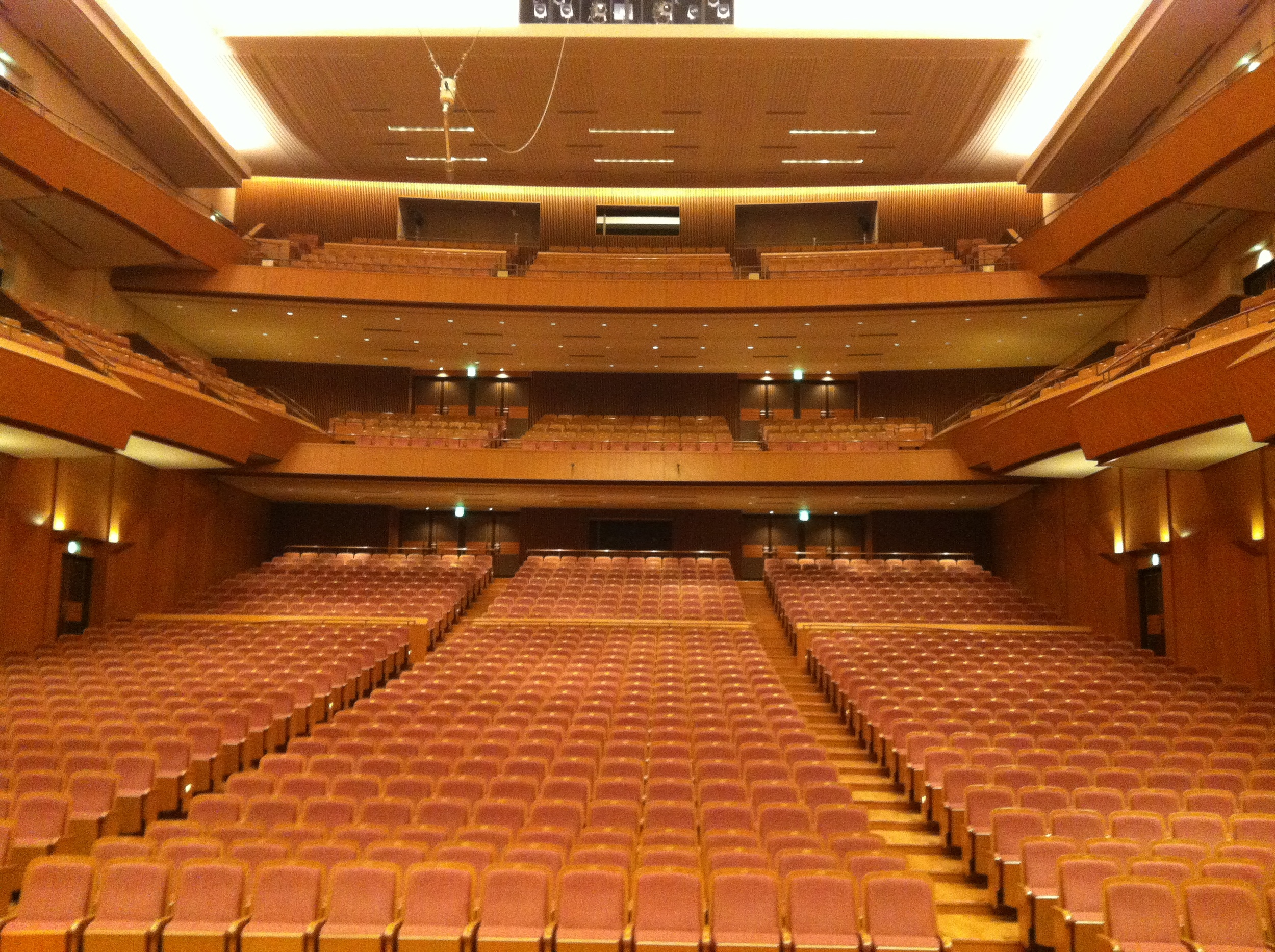 A stage picture at Yokohama Minato Mirai Hall. It seats over 2,000 people!