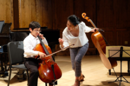 A masterclass at the Lyra Music Festival at Smith College with great young musicians