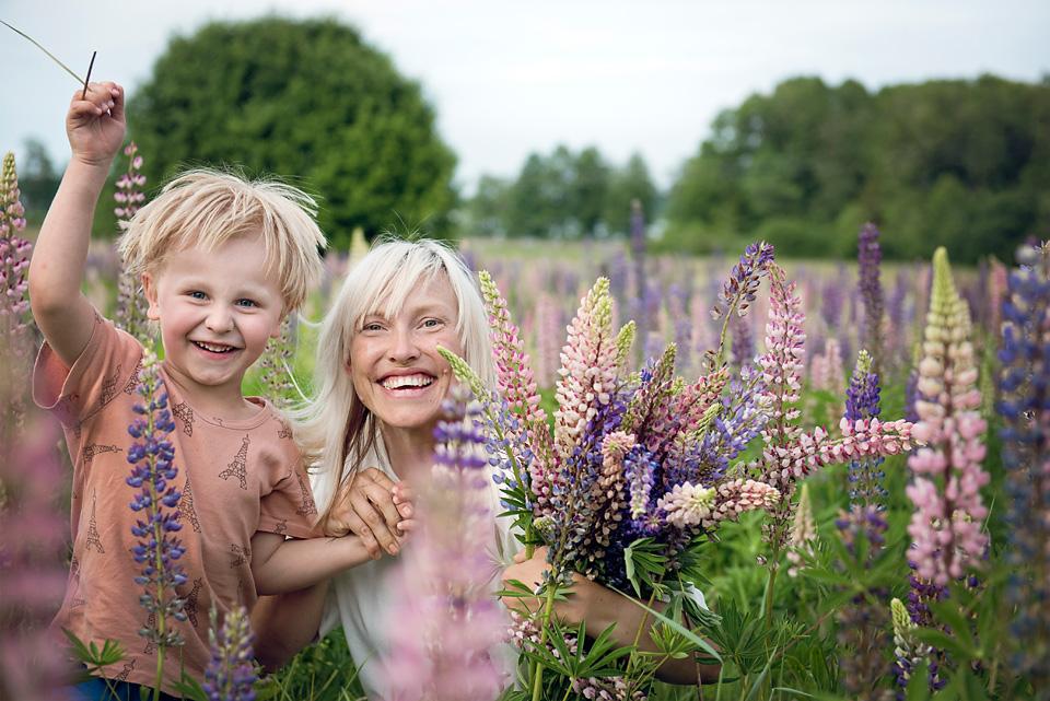 36_kronvallspixlar_familjefotografering_180610_webb_.jpg