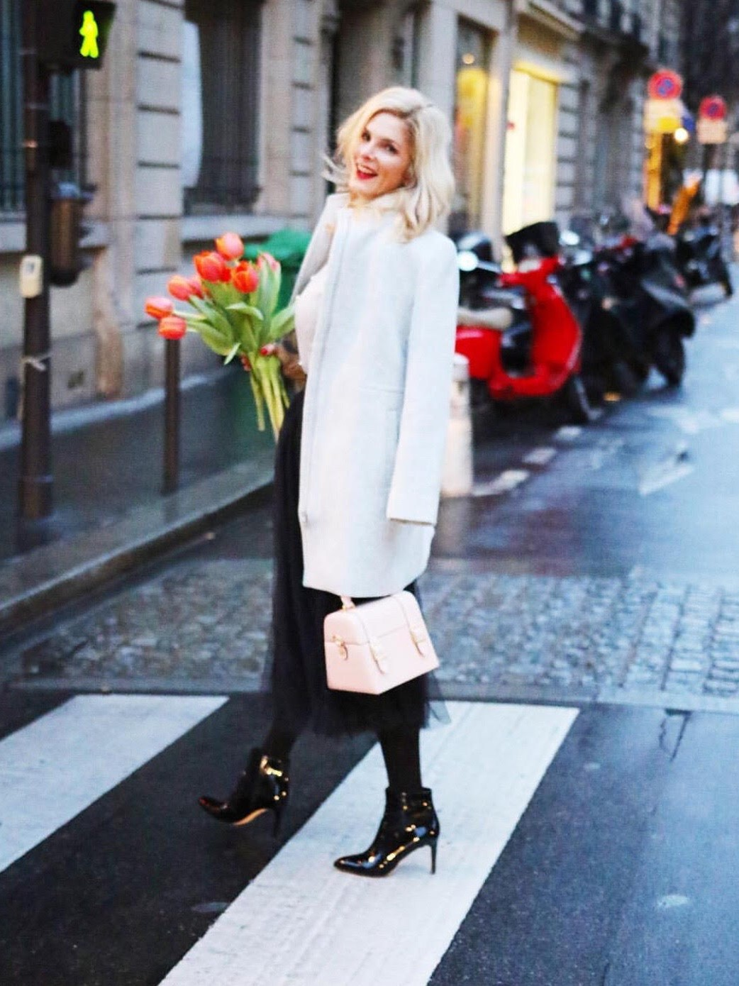@TanyaFosterBlog  with the ODP Mini Bauletto in Paris