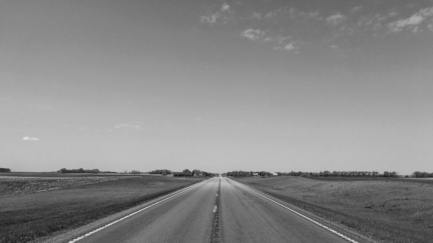 // Approaching Kindred, North Dakota