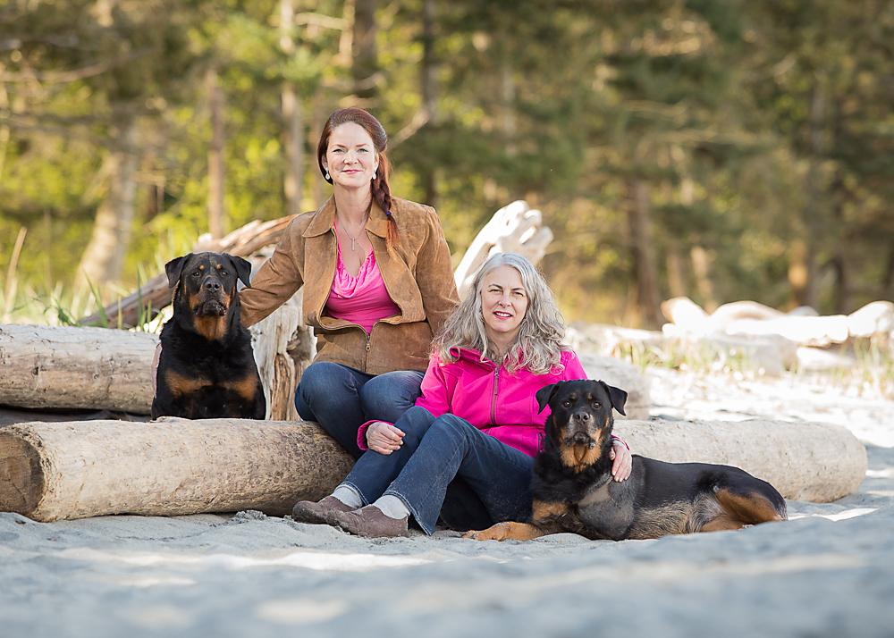 Pia, Christine, Corae, and Sash