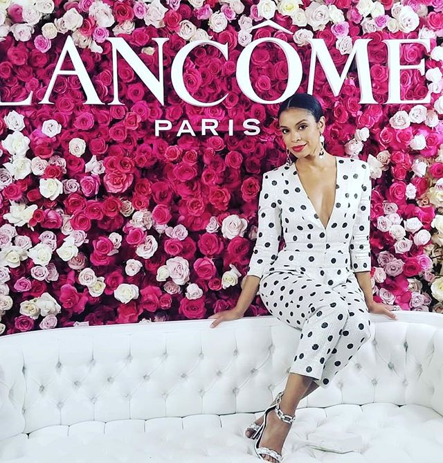 The stunning @susankelechiwatson working  the polka dots @lancomeofficial x @vanityfair party #womaninhollywood #polkadots