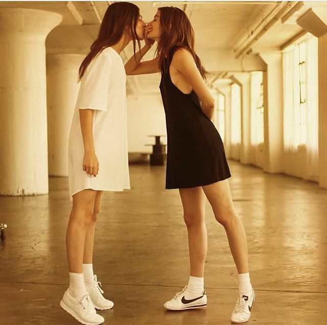 With everything going on in the world , just grab the person next to you and give them a friendly smooch ! Unless of course they don't want it 🙅🏻‍♀️ #loveprevails  #nike and #reebok #cometogether