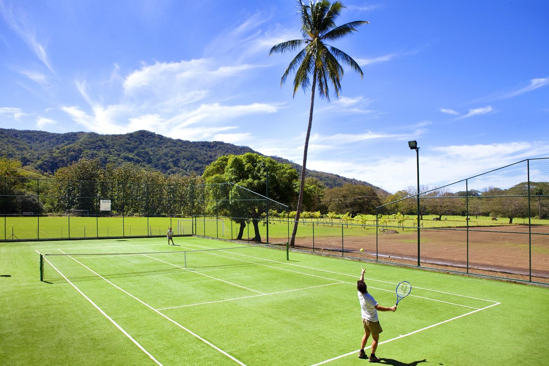 FincaAustria_tennis_court-3.jpg