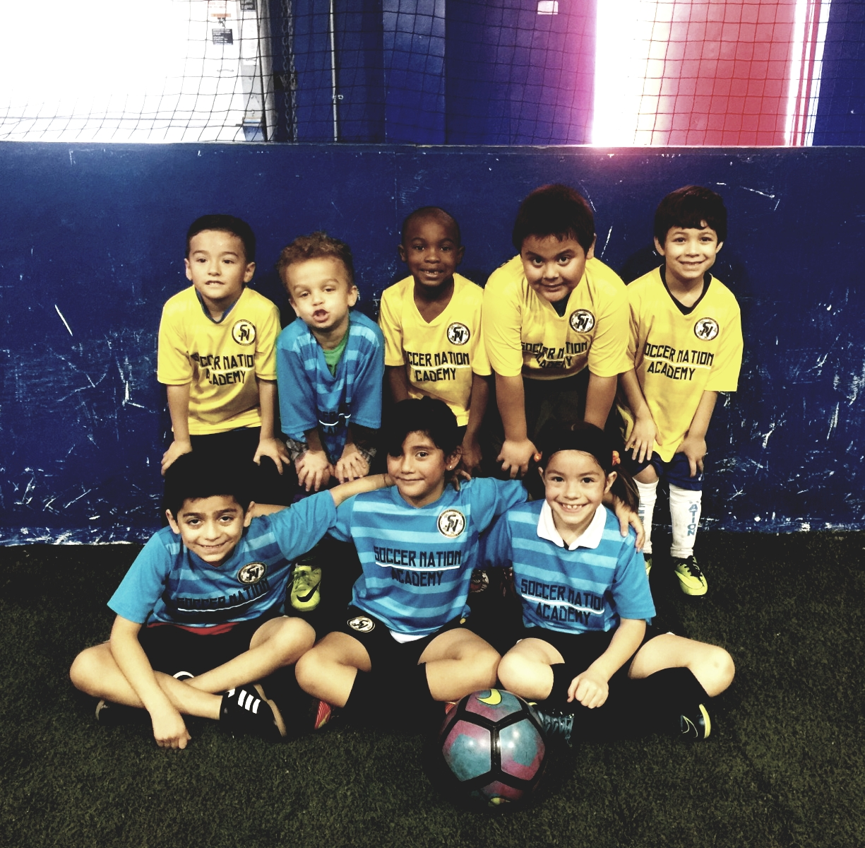 MINI CHAMPS - Soccer classes for kids from 4 to 8 years old