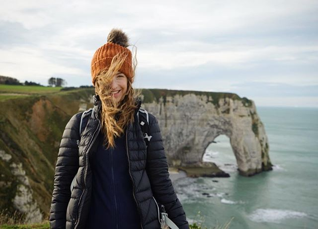 Day 182 // One last stop on the French coast, the wonderful and windy cliffs at Étretat. . . #Etretat #Étretat #normandy #roamtheplanet #exploretocreate #adventureawaits #nomadstories #vanlifeeurope #lonelyplanet #vanlifejournal #vanlifeFrance #France #visitFrance #vanlife