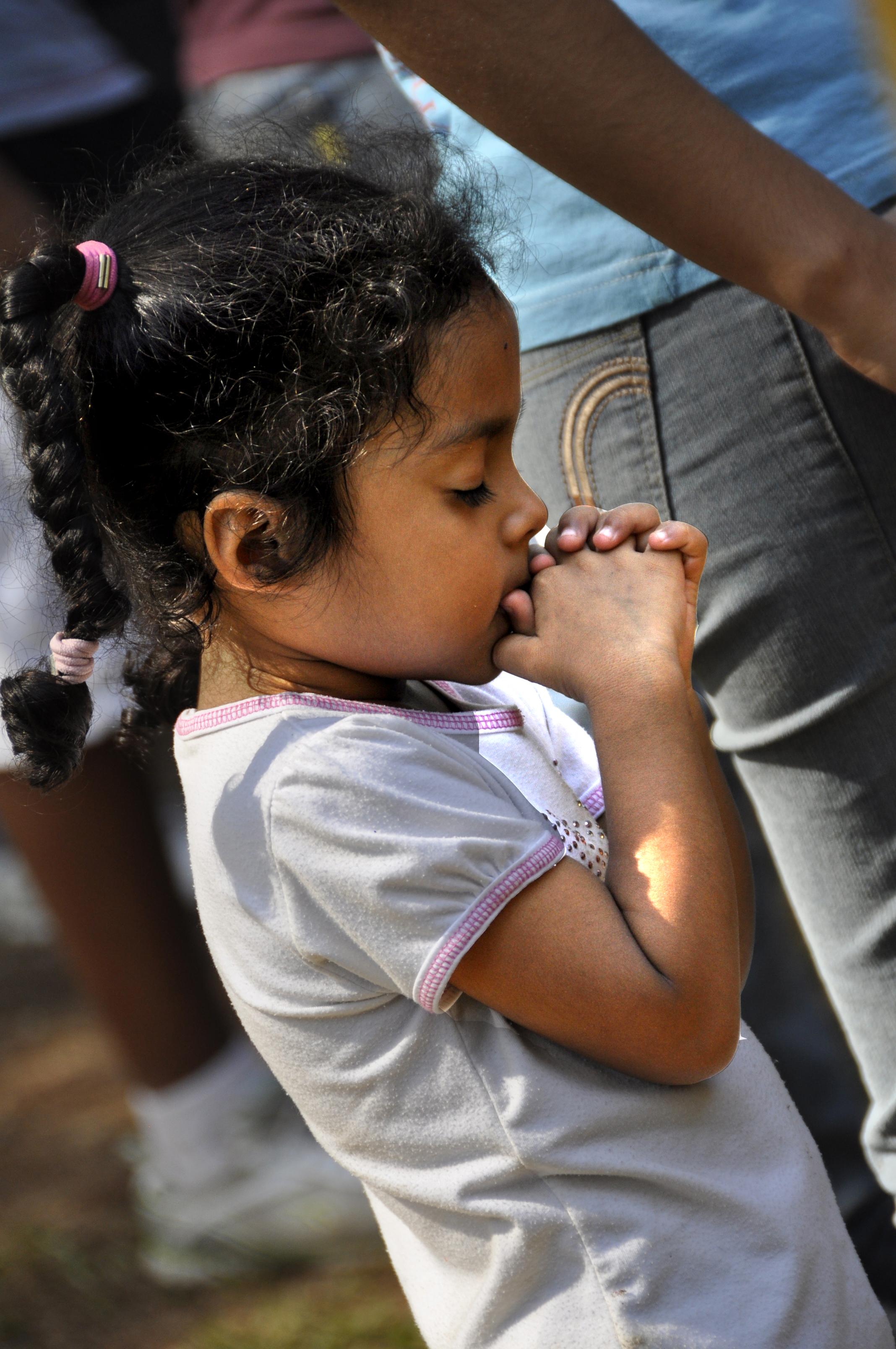La oración es parte importante de todo lo que hace Icthus.