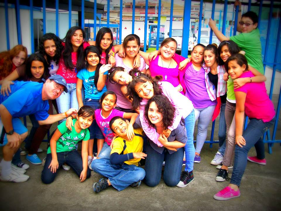 Grupo Icthus Invencible en Costa Rica.