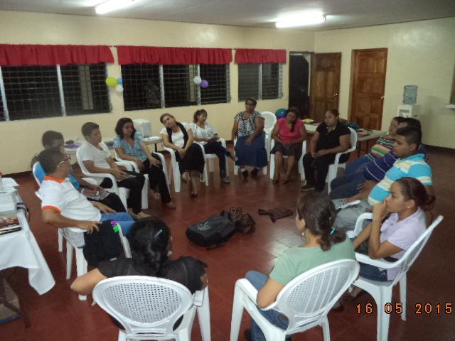 Icthus Nicaragua dinamica evaluativa con las mochilas para medir aprendizaje 18 de Mayo.JPG