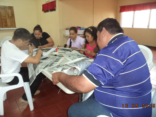 Nicaragua-Heroes y Legionarios-Resolviendo preguntas sobre la problemàtica de los niños nicaraguenses 18mayo15.JPG