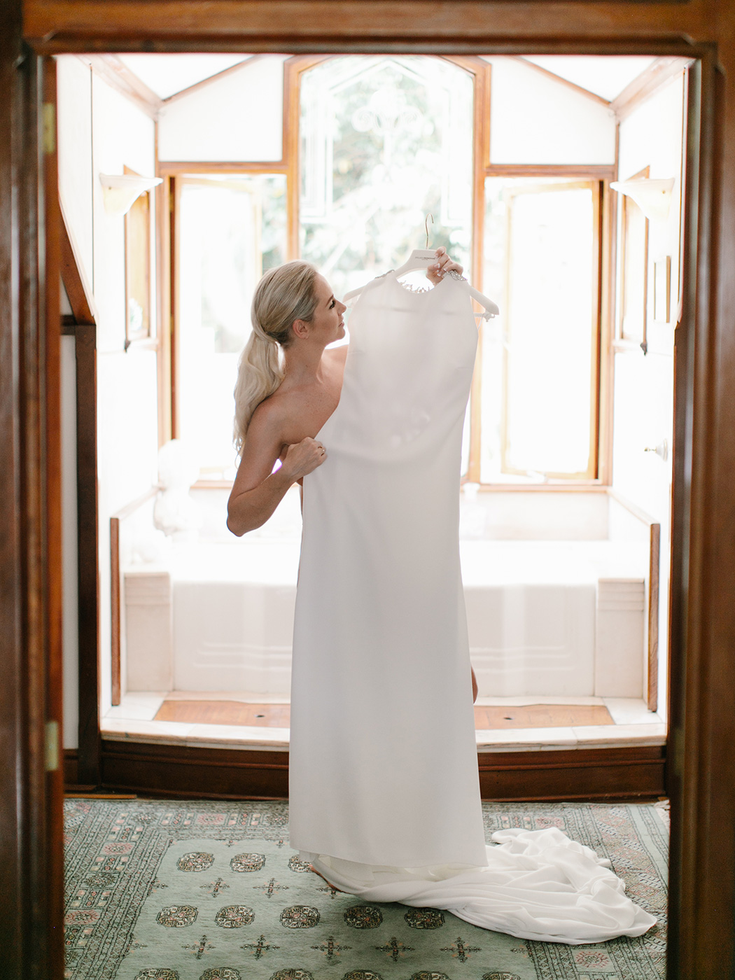 Bride Getting Ready | Rensche Mari Photography