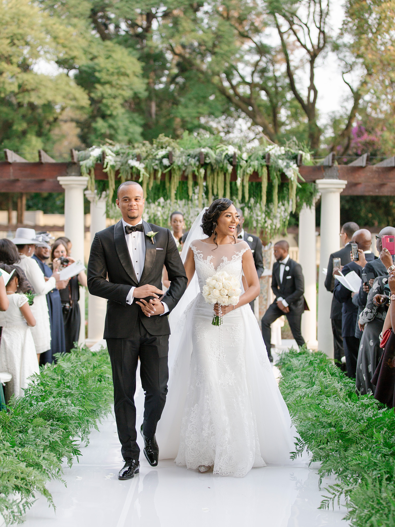 Best Hanging florals for a Ceremony | Rensche Mari Photography